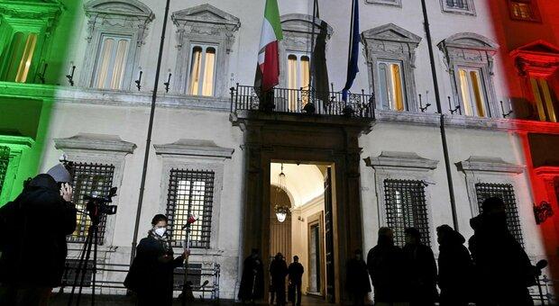 Recovery, tensione al vertice di governo. Italia viva: «Il testo non c'è. Arrivi 24 ore prima del Cdm»