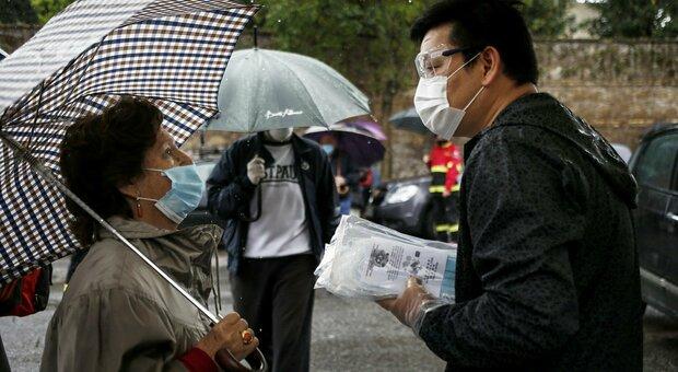 Coronavirus, indice Rt sopra 1 in 8 regioni. Iss: «Quarantene o boom di casi»