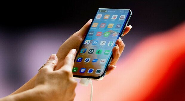 Bonus Cellulare e Internet, gratis per un anno: ecco come ottenerlo
