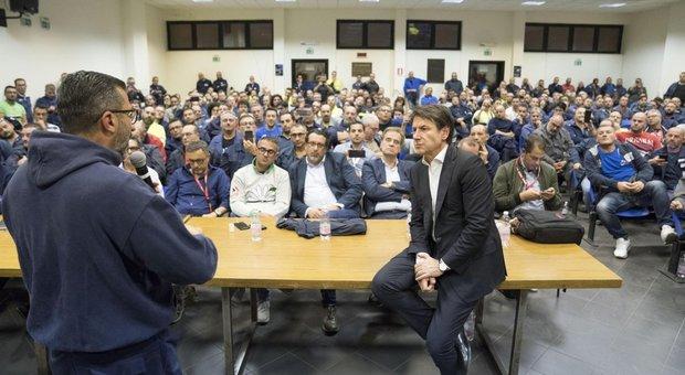 Ilva, Conte vola a Taranto. Di Maio: costringere Mittal a restare. Jindal si sfila. Scioperi in corso