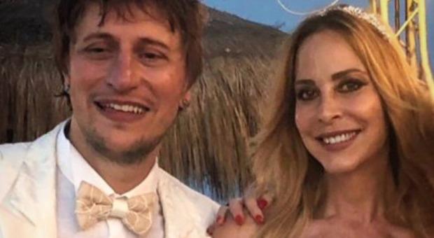 Stefania Orlando, il tenero annuncio: «La famiglia si allarga. Io e mio marito siamo pronti ad accoglierlo...»