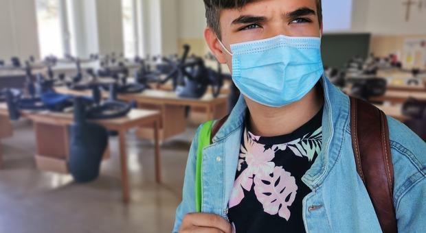 Zona arancione in tutta Italia, dalla dad ai laboratori: cosa cambia per le scuole