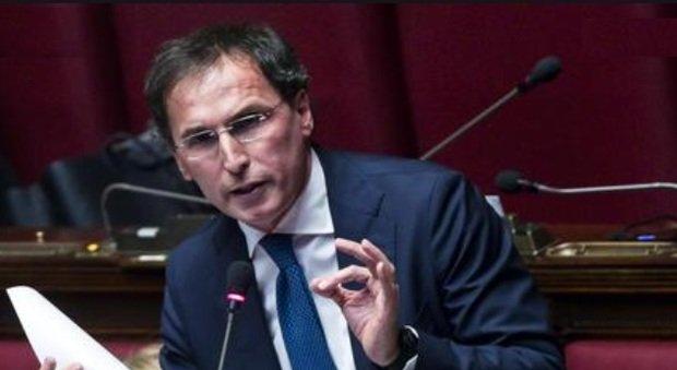 Il ministro Boccia a Non è la D'Urso:«Se l Abruzzo dovesse decidere di diventare zona arancione da domani sarà diffidata»