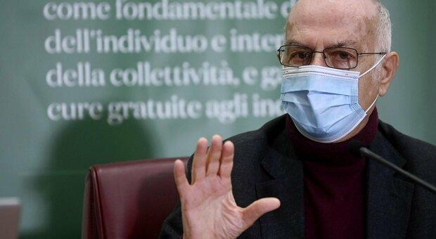 Covid Italia, Rezza: «Epidemia ancora fuori controllo, impossibile tracciare». E sulla variante inglese: «Si valuta innalzamento misure»