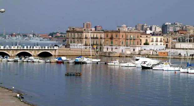 Sei porticcioli e 1.200 posti barca a Taranto, il comandante Tomat: «Per il SailGp diportisti rimandati indietro»
