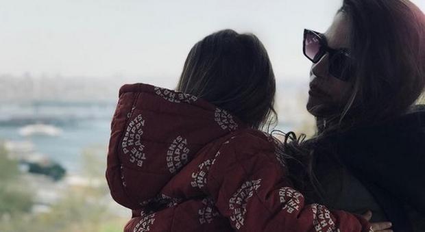 Francesca Fioretti e la figlia Vittoria (Instagram)