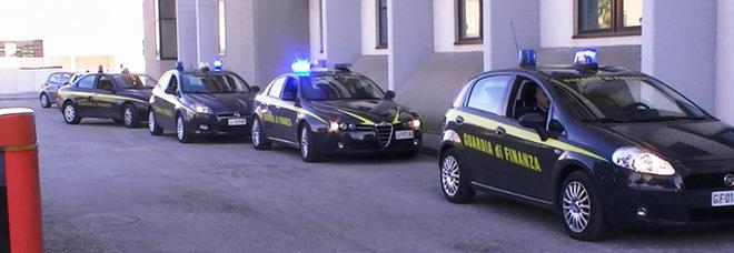 Usura e riciclaggio, maxi retata: 101 indagati, 26 arresti. Sigilli a beni per 13 milioni di euro