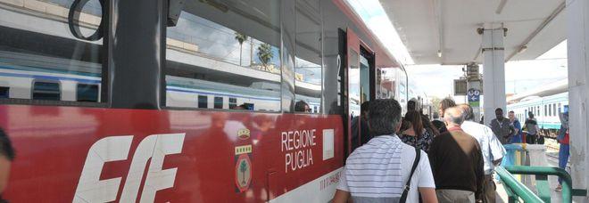 Domeniche senza treni, Jonio e Adriatico isolati: manca il personale