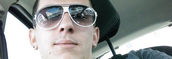 Ragazzo di 25 anni accoltellato a morte dopo un diverbio stradale Stava aspettando la fidanzata