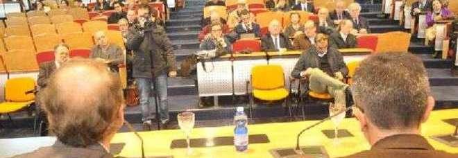 L'università del Salento festeggia 60 anni. Cingolani incanta la platea parlando di robotica.