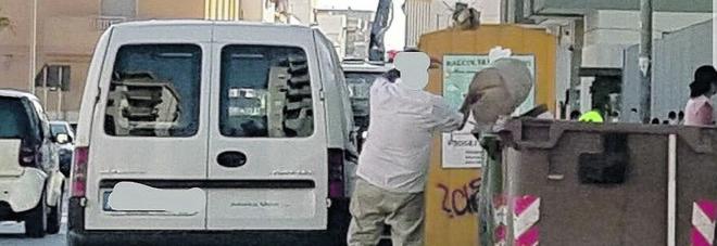 Linea dura del Comune: «Pubblicheremo i nomi di chi abbandona rifiuti»