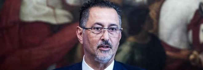 Scandalo nella sanità, arrestati il presidente della Basilicata Pittella e il direttore generale Asl di Bari