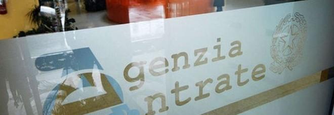 """Cartelle """"congelate"""" per le feste In Puglia bloccato l'invio di 16mila atti"""
