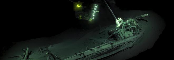"""Sui fondali del Mar Nero scoperta la """"nave di Ulisse"""": ha 2400 anni ed è la più antica del mondo"""