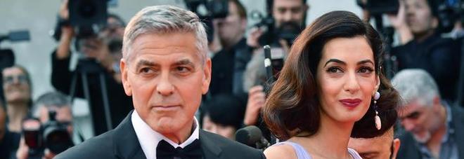 Roma, choc alla festa del film di Clooney: scenografo trovato morto in bagno