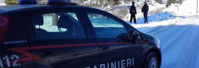 Bimbo disabile si perde sotto la neve, lo salva un carabiniere