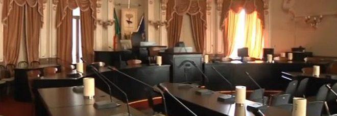 L'aula consiliare di Palazzo Carafa