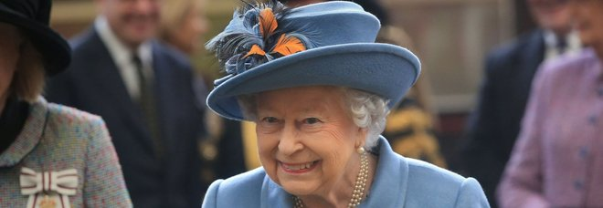 Nozze gay nella Royal Family, il cugino della regina sposa il compagno: l'ex moglie lo accompagnerà all'altare