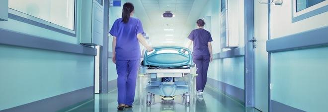 Professionisti e non sms per curare la sanità malata