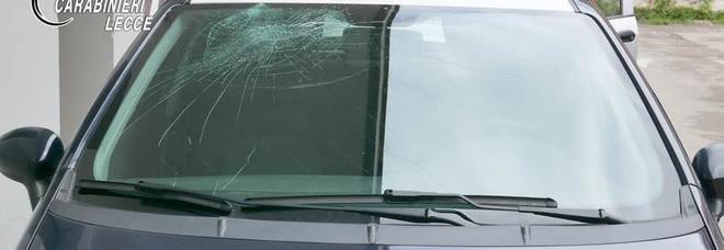L'auto danneggiato