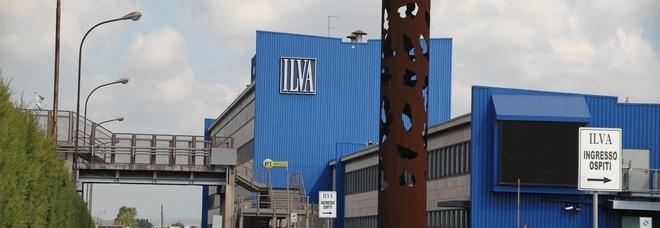 """Taranto un plebiscito per Mittal: il 94% dei lavoratori dice """"sì"""" all'accordo per la cessione di Ilva"""
