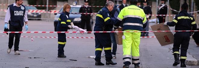 7,42: sette anni fa l'attentato agli studenti di Brindisi L'orrore in una tesi di laurea