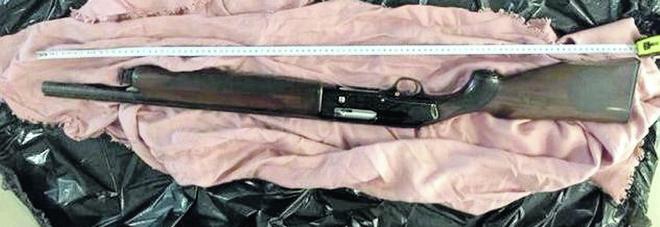 Ritrovati fucili e munizioni: una pista verso i delitti del 2010