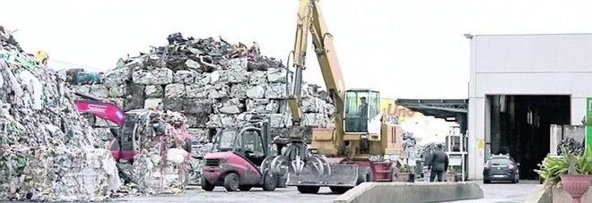 """«Smaltimento rifiuti con il """"bluff"""" a Sava, Manduria e Lizzano»: indagati due fratelli"""