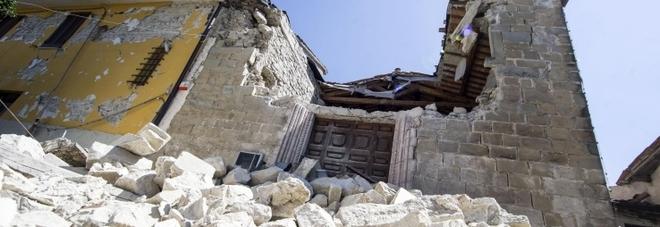 Terremoto, al Centro Italia come all'Aquila: imprenditore ride nelle intercettazioni