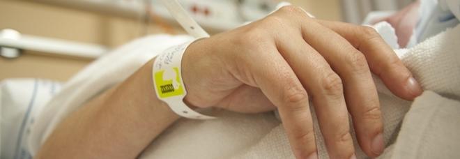 Si risveglia dal coma dopo 27 anni: aveva subito un incidente d'auto nel 1991