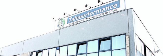 Teleperformance si riorganizza, vanno a casa ottanta interinali