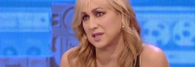 """Alessandra Celentano rimprovera l'alunna durante il programma: """"Non chiamarmi per nome, non sono tua amica"""""""