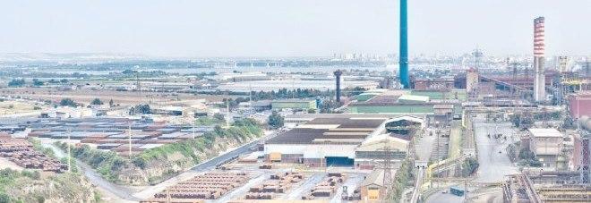 Una veduta del siderurgico