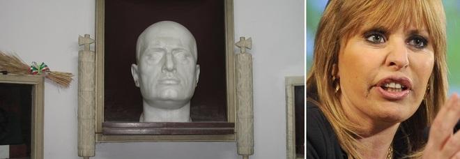 Predappio, riapre la tomba di Mussolini: il 28 luglio corteo di nostalgici fascisti