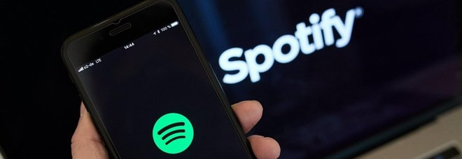 Spotify blocca gli abbonamenti pirata: sui social scoppia il panico