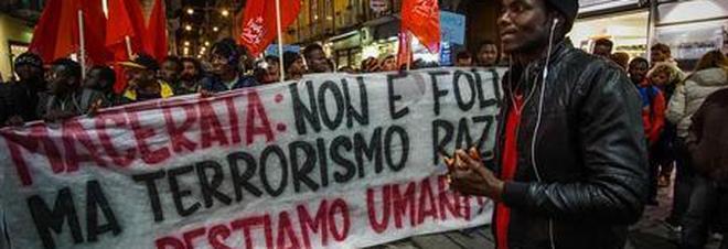 La manifestazione antirazzismo di Macerata