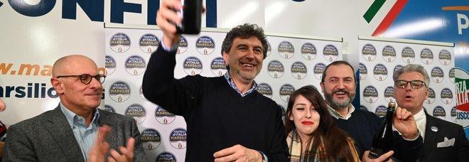 Marsilio con Meloni dopo la vittoria in Abruzzo