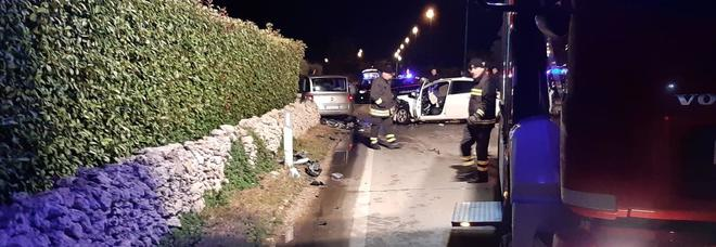 Schianto sulla 275, un'auto a fuoco: muore ex bidello