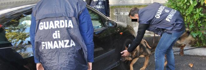 Droga dall'Albania e contrabbando di sigarette: nove arresti