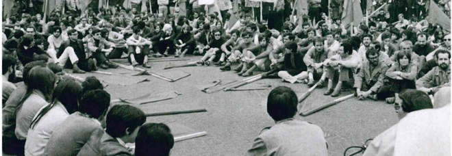 """La rivoluzione in mostra: """"In_chiostri"""" e i cinquant'anni dalle contestazioni del '68"""