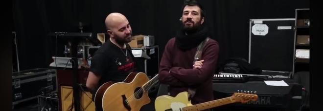 Negramaro, videomessaggio di Lele Spedicato: «Non parteciperò al tour, al mio posto ci sarà mio fratello Giacomo»