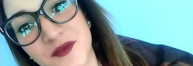 """Noemi, 16enne scomparsa, a casa arriva il Ris. L'ultimo, inquietante post su Fb: """"Non è amore se ti fa male... se ti controlla... se ti picchia"""""""