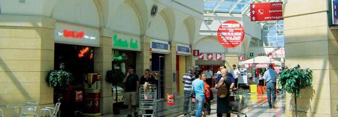 Rivoluzione Auchan: fuori i francesi, ipermercati ceduti a Conad