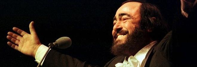 """Dieci anni senza """"big Luciano"""", oggi il ricordo in musica del tenore"""