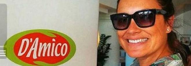 Alena Seredova: «D'Amico, ti puoi fidare». Il selfie ironico conquista i social