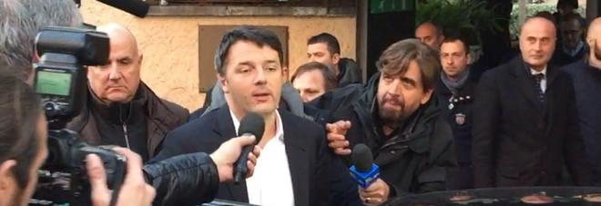 Renzi: «Gli addii addolorano ma ora in cammino». E va in California per imparare «da chi è più bravo»