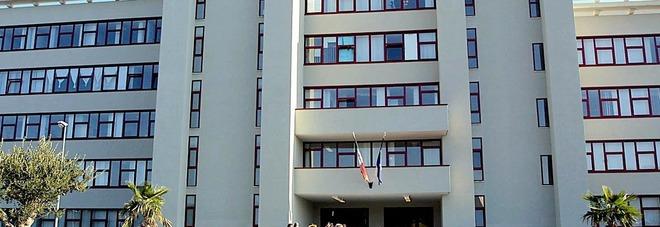 Palagiustizia a rischio crollo a Bari, cominciato il trasferimento