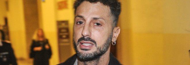 Fabrizio Corona, il pg: «Violazioni e risse in tv, deve tornare in carcere»