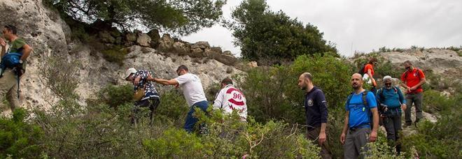 Sorpresa: scoperte 2 grotte nella gravina di San Nicola
