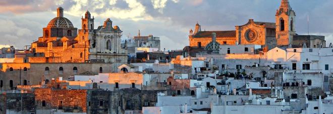 Ostuni tra le 17 citt europee da visitare for Citta da visitare in puglia